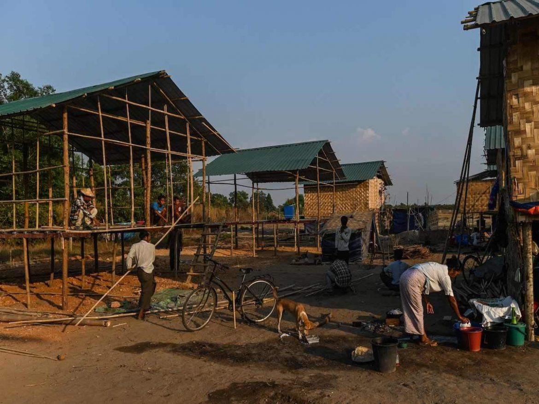 Myanmar Coup: कई परिवारों को भारत में शरण दिलाने की कोशिश में म्यांमार का हथियारबंद समूह