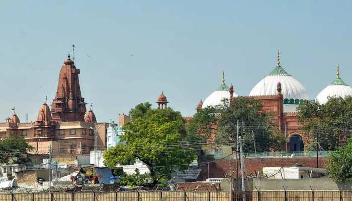 आगरा के लालकिले में दबा है मंदिर का.... श्रीकृष्ण जन्मभूमि मामले में बड़ा दावा