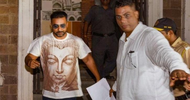 नए चैट्स में खुलासा, 'डर्टी पिक्चर' के 'माहिर' राज कुंद्रा ने बनाया था 'प्लान बी'