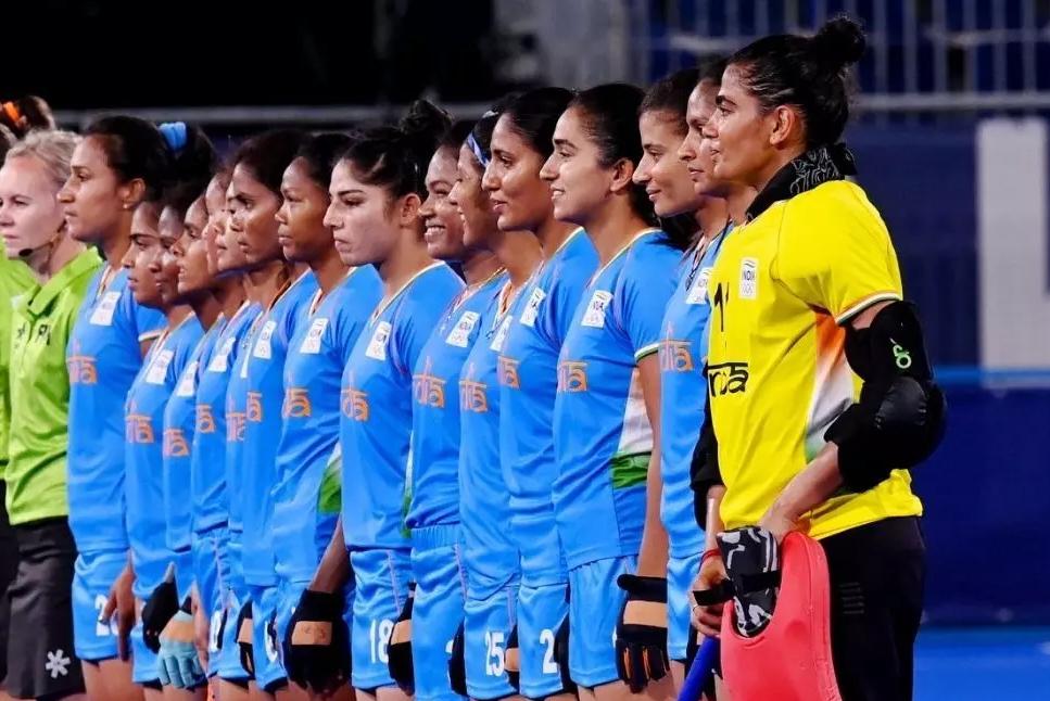 चक दे इंडिया.... हॉकी में 49 साल बाद ऐसे खुशी के आंसू, आज बेटियों की बारी है