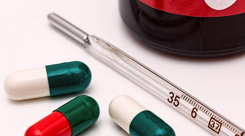 'रहस्यमयी बुखार' से डरें नहीं दिल्लीवाले, वक्त पर लक्षण देखकर कराएं इलाज