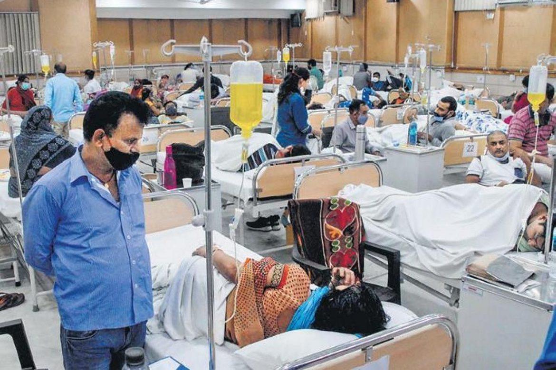 नोएडा में डेंगू से दम तोड़ते बच्चे, मरीजों से भरे अस्पताल.. प्रशासन की अजब दलील तो जानिए