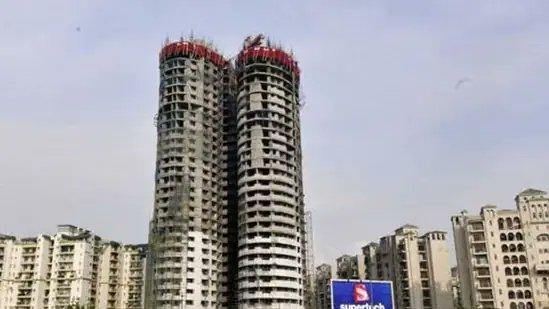 सुप्रीम कोर्ट ने सुपरटेक पर नहीं दिखाई कोई दया, 40 मंजिल के दो टावरों का गिरना तय!